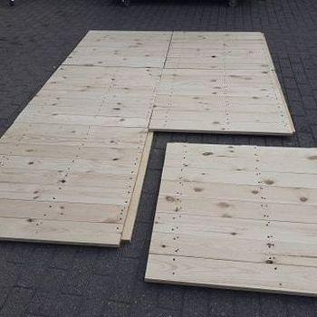 Plankenvloer (1m x 1m) 1m² geplaatst